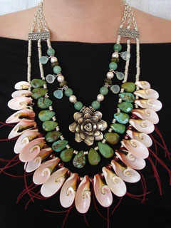 Rocx Shell Necklace
